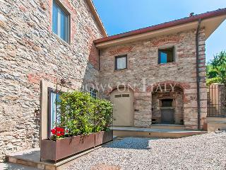 Villa Il Frantoio - Windows On Italy - Monsummano Terme vacation rentals