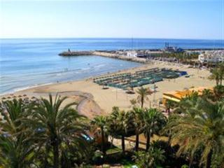 4 Bedroom holiday apartment Torremolinos ( Carihuela ) - Torremolinos vacation rentals