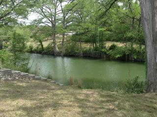 River Access! Sleeps 6! Summer Vacation in Hunt,TX - Hunt vacation rentals