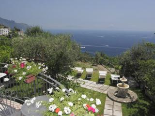 Villa Borgo Antico in Amalfi with 5 bedrooms. Wonderful panoramic terracces. - Lucca vacation rentals