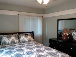 Artist Loft Steps to the Beach 1 1/2 BR - Long Beach vacation rentals