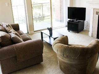 AMAZING 2BR MINUTES FROM THE COAST! - Vancouver vacation rentals