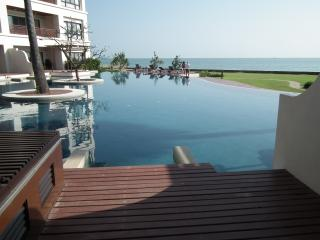5bdr 5bth Condo Beachfront Pranburi - Pran Buri vacation rentals