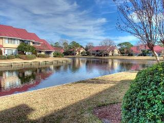Take a fall  vacation to the beach! Great villa with Free Shuttle! - Sandestin vacation rentals