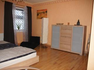 Limburg central, fully-furnished, 3R, 6 sleeps, - Hesse vacation rentals