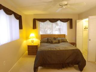 Beautifully Furnished 2 Bedroom 2 Bath Condo - Dunedin vacation rentals