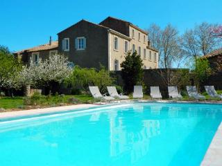 Le Manoir - Luxury Holiday Home for 3 families or groups - Family friendly chic manor house with pool and huge garden - Canet vacation rentals
