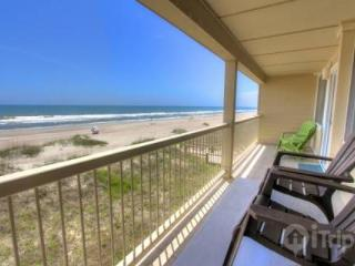 Feel the breeze in this CUTE 2BR/1BA Oceanfront Condo! - Fernandina Beach vacation rentals
