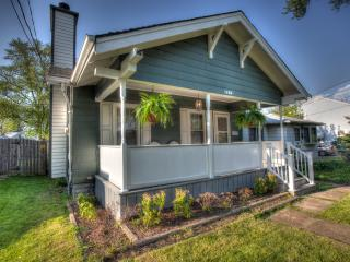 Craftsman Cottage - Niagara Falls vacation rentals