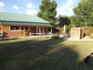 Guesthouse of beautiful Corrales NM estate - Corrales vacation rentals