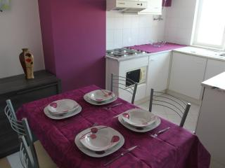 1000 Mts from Beach Purple Flat - Albufeira vacation rentals