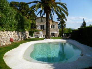 Beautiful renovated mas with seaview in Mougins - Mougins vacation rentals
