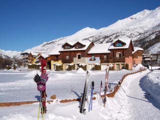Chalet at Serre Chevalier Ski trails at 100 meters - Serre-Chevalier vacation rentals