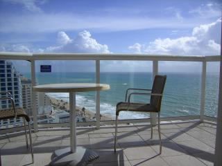 Hilton Fort Lauderdale Beach Resort - 21st floor stunning oceans views - large wrap around balcony - Fort Lauderdale vacation rentals