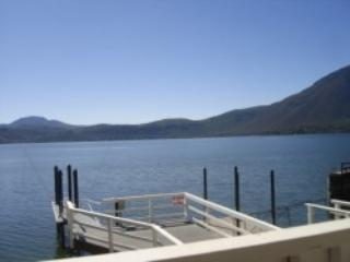 New Lakefront Clearlake Vacation Rental - Lake County vacation rentals