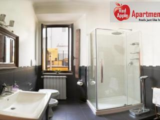 140 sqm Apartment in the Center of Rome - Paris vacation rentals