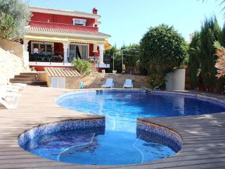Detached villa on golf course with private pool - Mutxamel vacation rentals