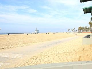 Beach of Venice, Super Cool, Modern - Manhattan Beach vacation rentals