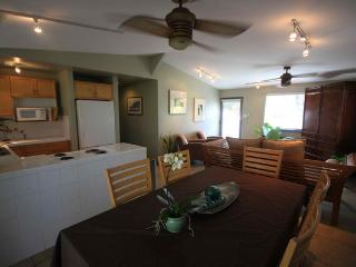 Tiki House - 5BR Beachfront, Near Pcc - Laie vacation rentals