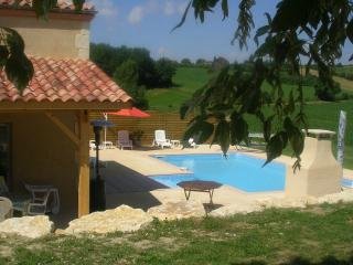 140 m² holiday cottage with character for ten people with private pool - Lot-et-Garonne vacation rentals