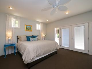 Fabulous Family Home- 3bd/ 2bth Close to Old Town! - Pasadena vacation rentals