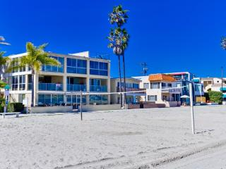 2 ***Water Front*** TOWNHOMES - Mission Beach vacation rentals