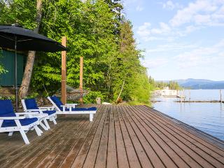 Lakeside Loft | 15 minutes to downtown by boat! - Harrison vacation rentals