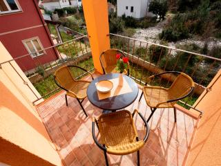 Apartments Ante - 39562-A1 - Jadrija vacation rentals