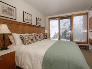 Blackjack Unit 1B - Alta vacation rentals