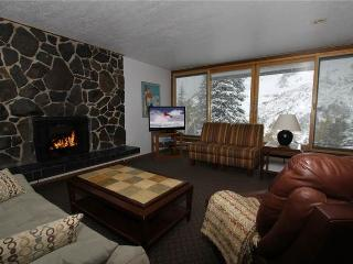Blackjack Unit 2B - Alta vacation rentals