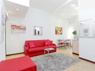 Newly Renovated Perfect Central Location (Wifi) - Rome vacation rentals