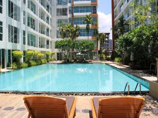 Condos for rent in Khao Takiab: C5181 - Nong Kae vacation rentals
