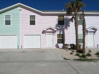 Tropical house, beach toys, pool and just 2 blocks from the beach! - Port Aransas vacation rentals