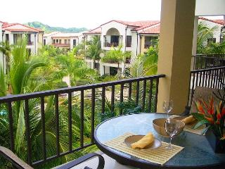 Pacifico L1213 - Beautiful One Bedroom Pacifico Condo on third floor - Playas del Coco vacation rentals