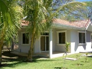 Casa Monos - Cozy Casa Near the Beach - Playas del Coco vacation rentals