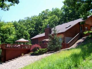 Eagles Landing - Amazing Private Lakefront Home. 5 MM Gravois Arm Main Channel - Missouri vacation rentals
