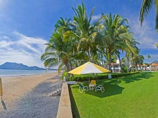 Beautiful 2-3 Bedroom beachfront from $175/night - Manzanillo vacation rentals