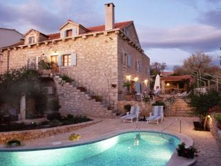 Traditional Dalmatian Villa with Pool and Sea View - Sumartin vacation rentals