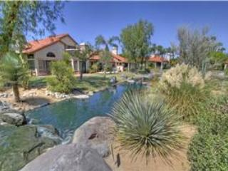 Desert Falls CC-(DS481) End Unit in Garden Setting-Public Golf - Palm Desert vacation rentals