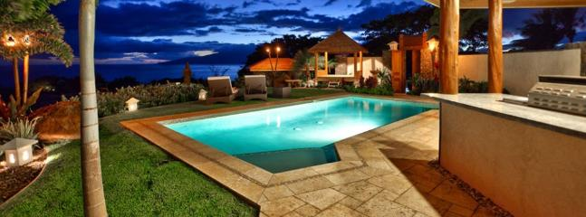 Take a dip in the private swimming pool as the sun sets into the Pacific Ocean and lights up the sky. - Makai Nalu Cottage - Lahaina - rentals
