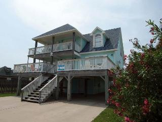 Wonderful 5 bedroom home and just a short walk to the beach! - Port Aransas vacation rentals