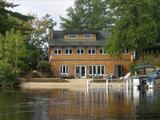 Gorgeous Waterfront Home on Broad Bay 114072 - Ossipee vacation rentals