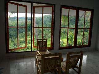 2 Bedroom Villa in beautiful Senaru, Lombok - Benoa vacation rentals