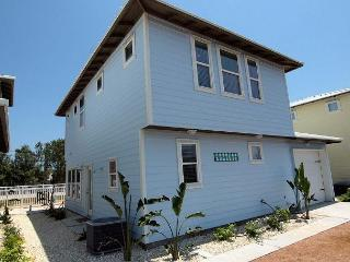 Brand New Coastal Community right in the middle of town! - Port Aransas vacation rentals