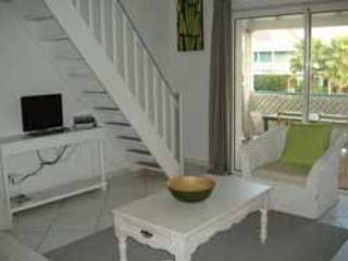 RESIDENCE de la PLAGE #19...best deal on the beach! in the heart of Orient Bay - Orient Bay vacation rentals