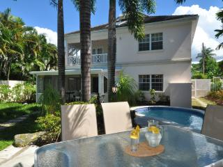Amazing value beachfront 3bed villa, pool, staff - Fitts Village vacation rentals