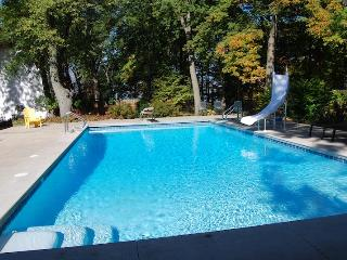 Lakeside Pool House - Lakeside,MI - Southwest Michigan vacation rentals