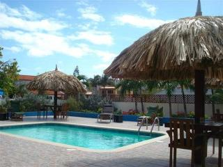 4 Ratings - Aruba vacation rentals