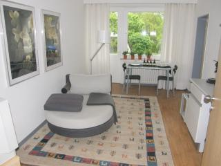 Vacation Apartment in Detmold - clean, quiet location, individually furnished (# 1222) - Detmold vacation rentals