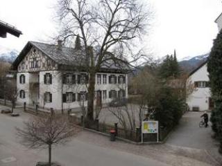 Vacation Apartment in Oberstdorf - 431 sqft, central, comfortable, balcony views to market place (#… #1826 - Vacation Apartment in Oberstdorf - 431 sqft, central, comfortable, balcony views to market place (#… - Oberstdorf - rentals